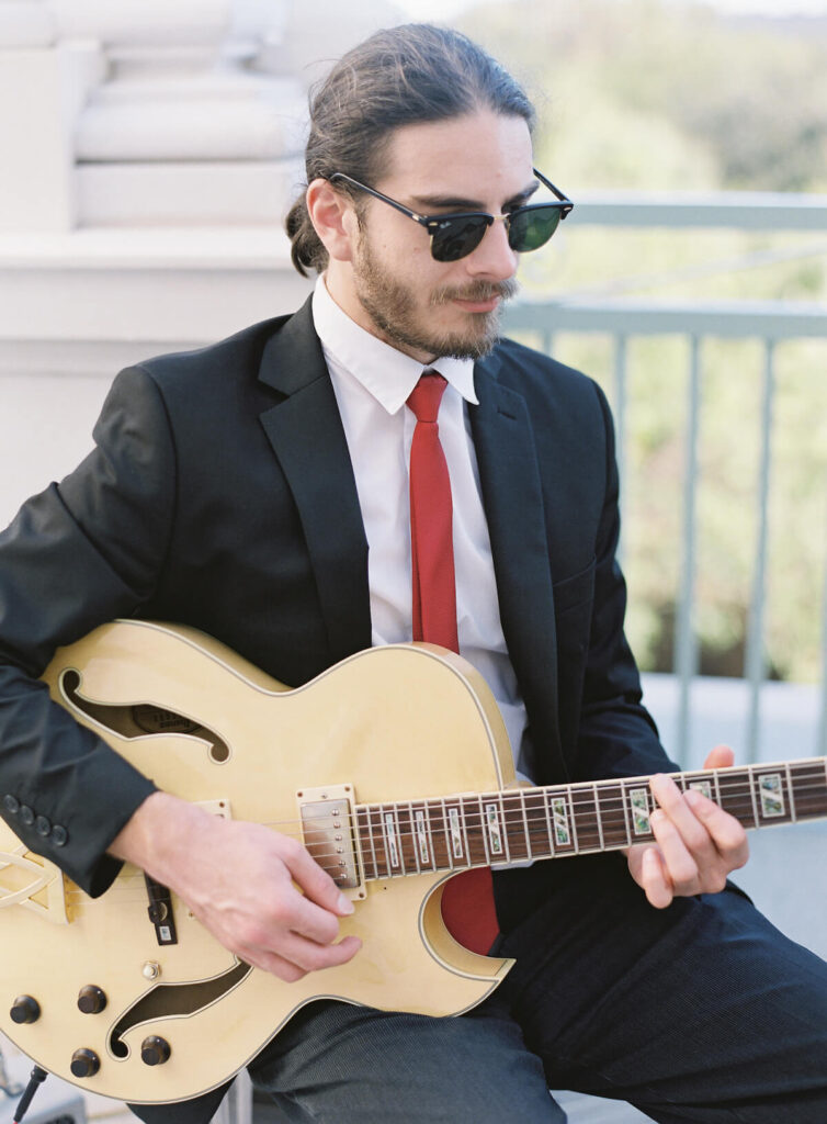 Charleston Virtuosi guitarist. Wedding at Hotel Bennett